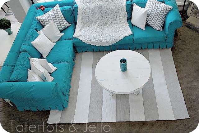 turquoise couch