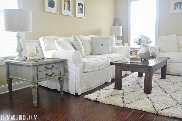 Mountain smoke end table makeover & a gorgeous neutral living room - lizmarieblog.com