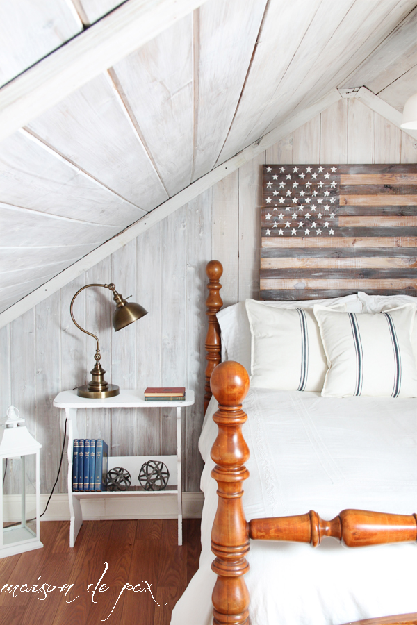 cedar-flag-with-side-table