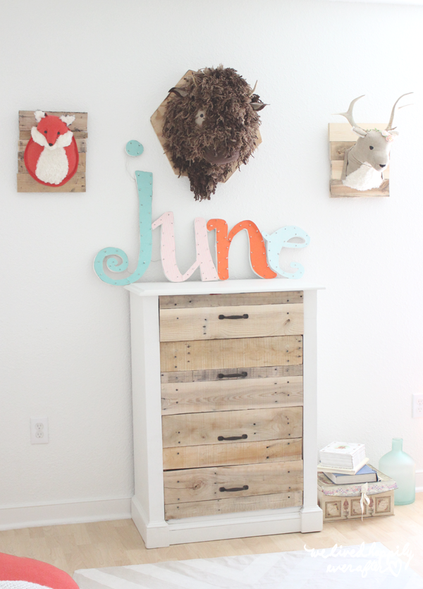 how to make a pallet dresser yourself
