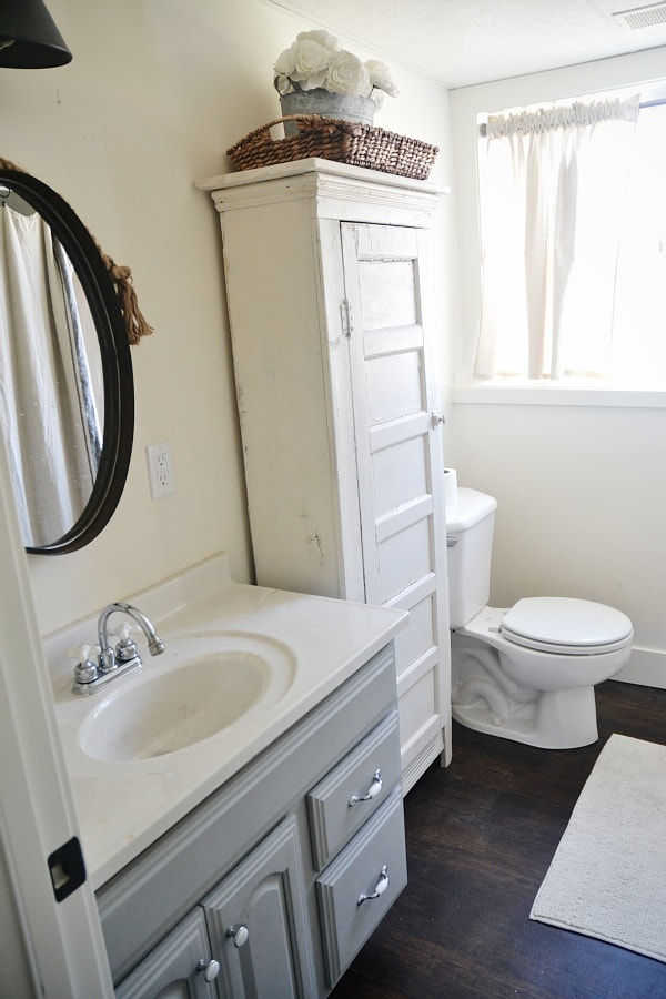 Spring makeover with lowes liz marie blog for Spring bathrooms