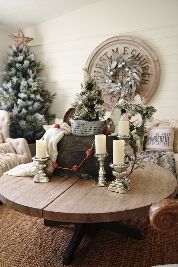 Eclectic Metal Christmas Centerpiece Liz Marie Blog