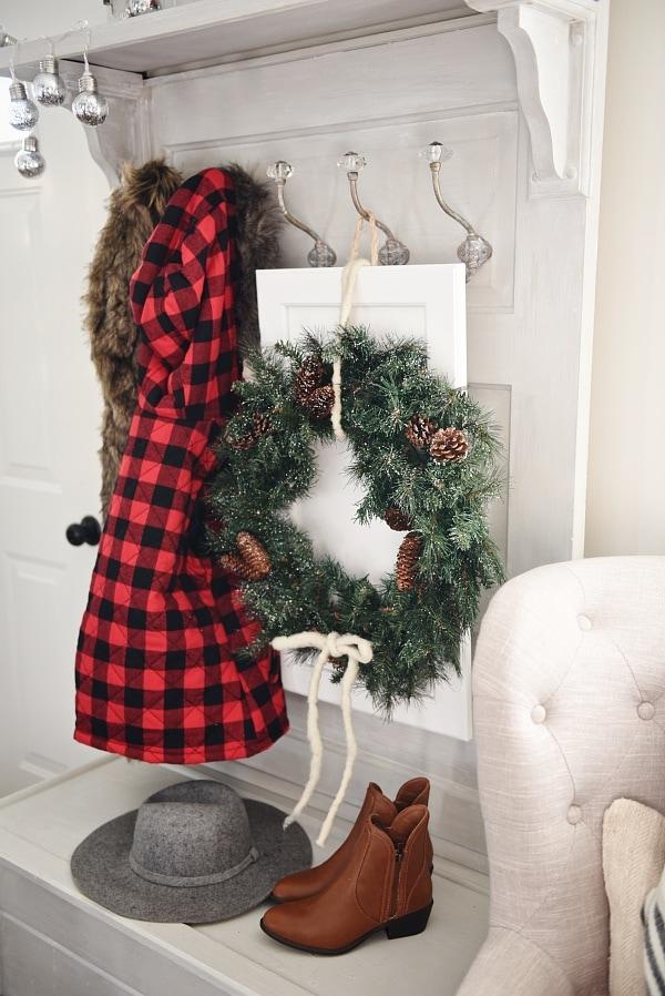 Diy Cabinet Door Christmas Wreaths