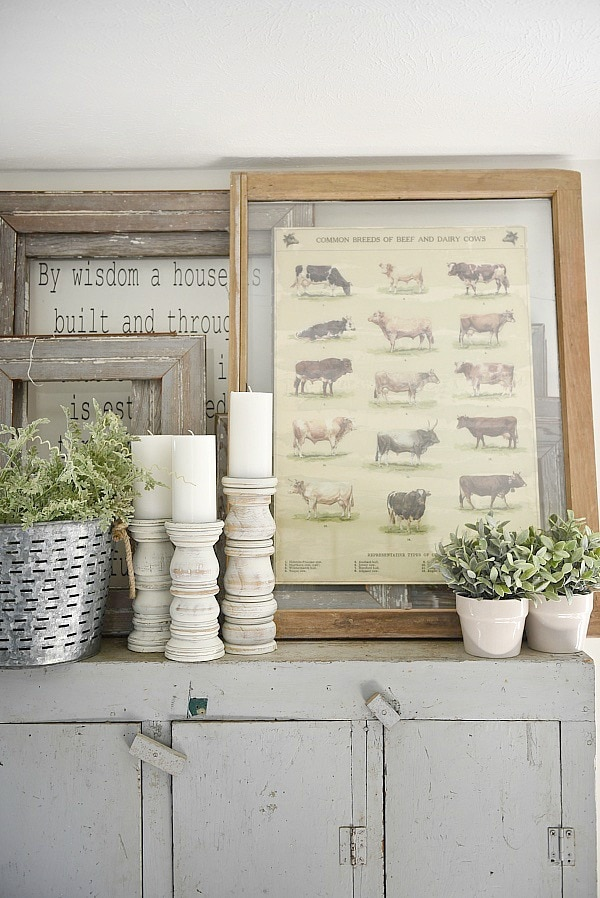 DIY antique window art - A quick & easy diy art idea. A must pin for super affordable diy art!! A great blog for farmhouse style and cottage style home decor ideas.