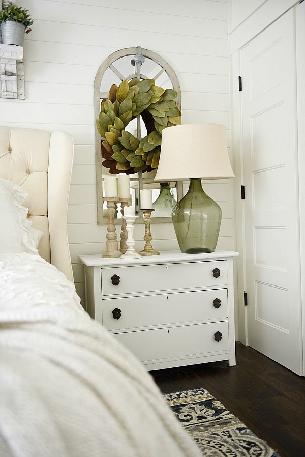 one horn white nightstand makeover