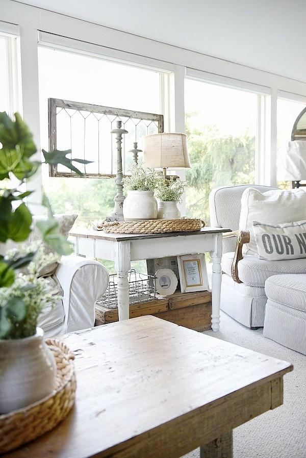 White Farmhouse End Table