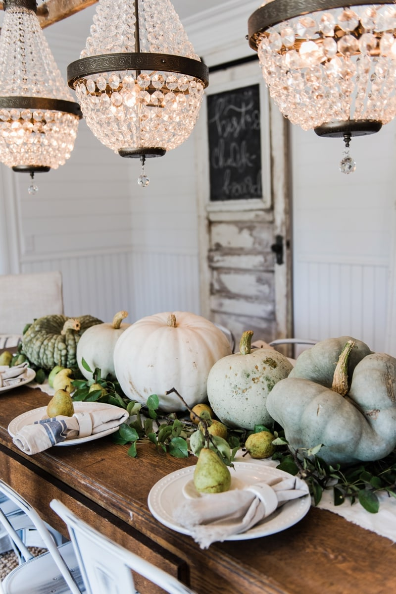 Happy Fall – Rustic Pumpkin & Pear Farmhouse Table