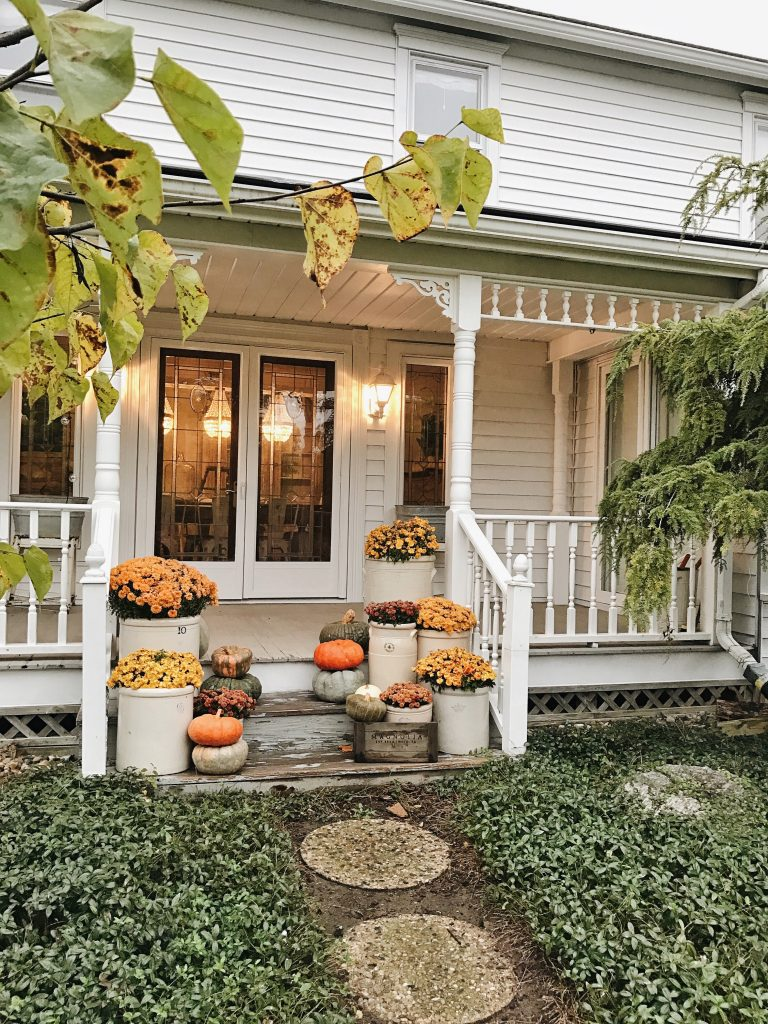 Farmhouse Fall Style - Liz Marie Blog