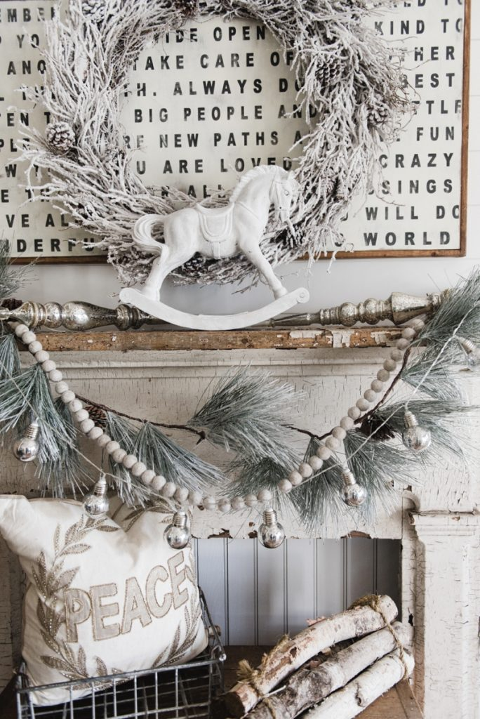 Christmas Rocking Horse Makeover - How to get this look - Great Neutral farmhouse christmas decor inspiration