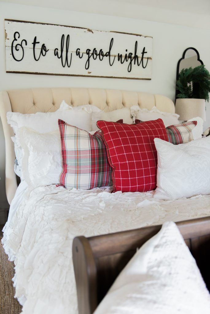 a cozy cheerful farmhouse christmas bedroom. Black Bedroom Furniture Sets. Home Design Ideas