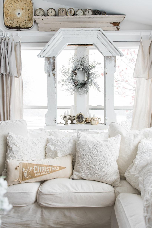 A Cozy Neutral Farmhouse Christmas