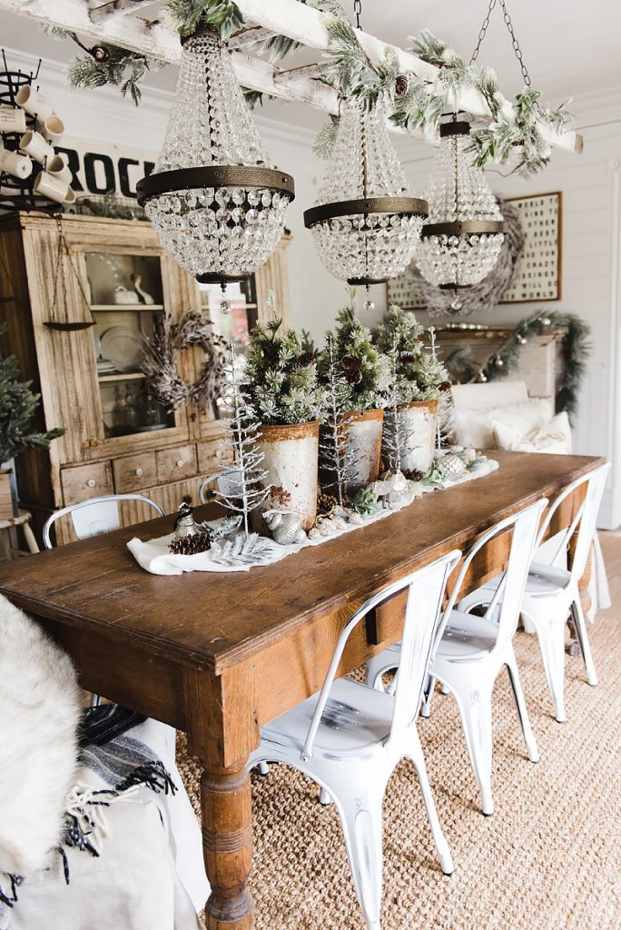 Rustic glam farmhouse christmas dining room