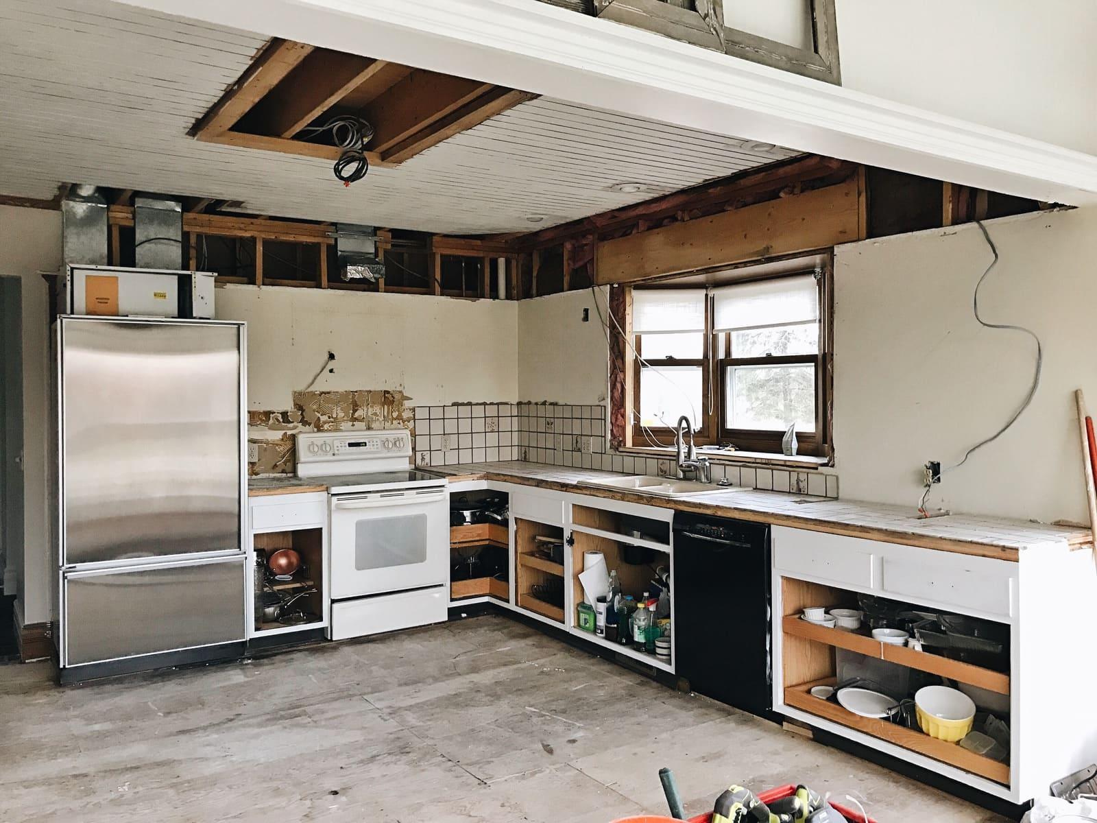 Kitchen Reno Update: Bye Bye Bulkhead!