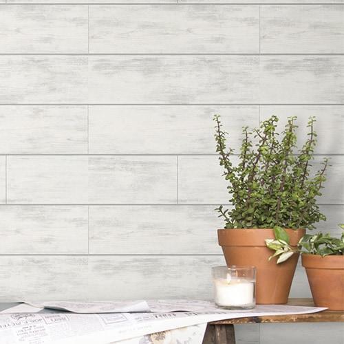 Guest Bedroom Walls: To Wallpaper or No?