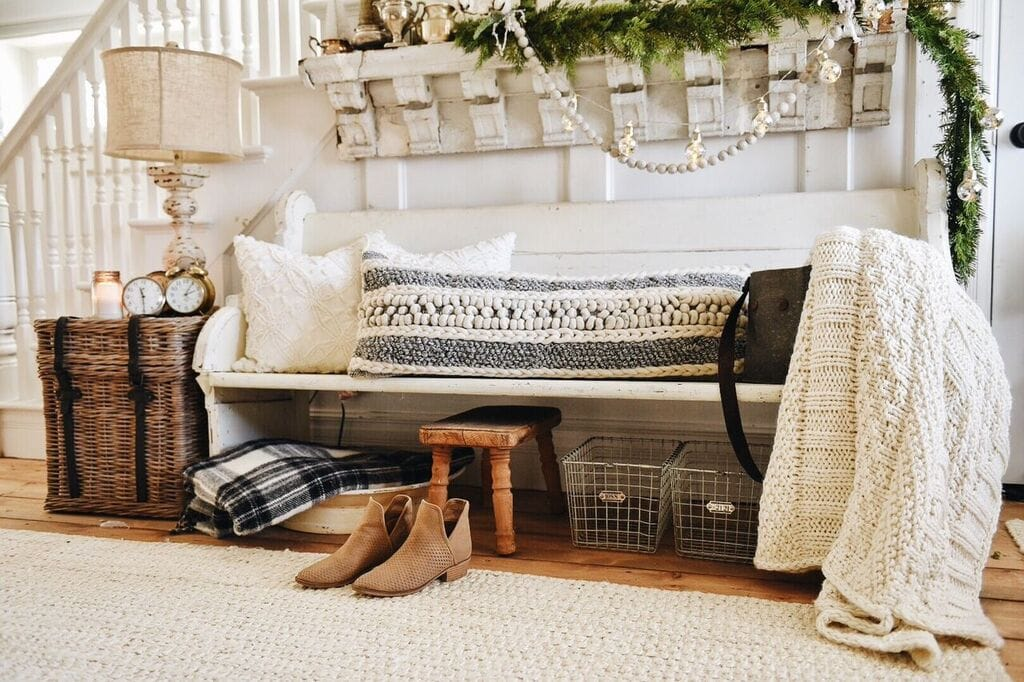 Cozy Rustic Christmas Farmhouse Entryway