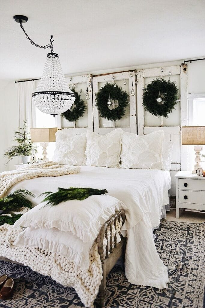 Rustic Cozy Christmas Bedroom