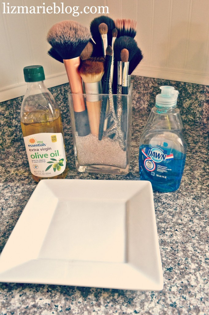 How To Clean Makeup brushes, How To Clean Makeup Brushes