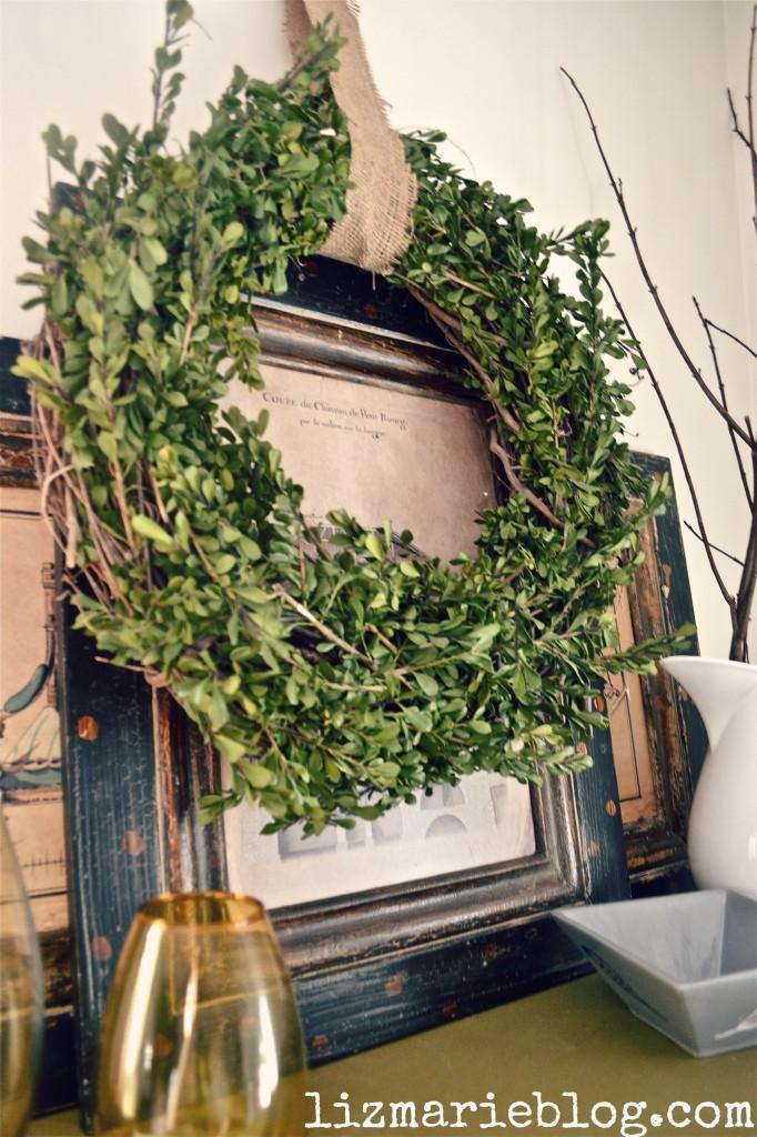 diy boxwood wreath, DIY Boxwood Wreath