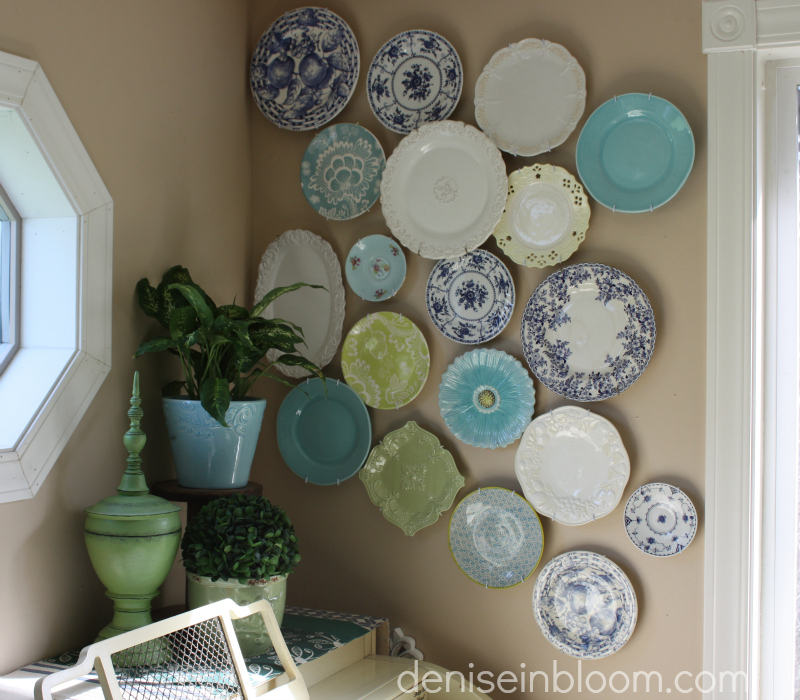 plate-collection-on-wall