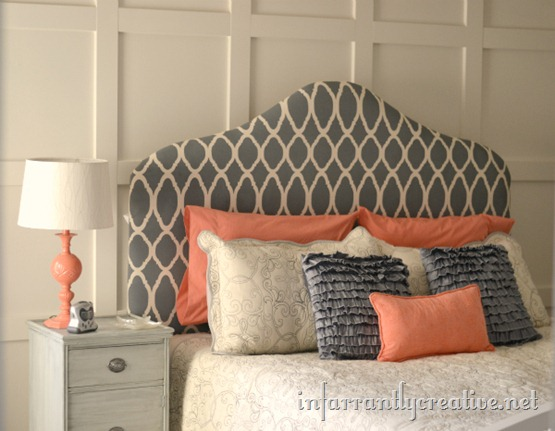 coral-and-gray-bedroom_thumb_3