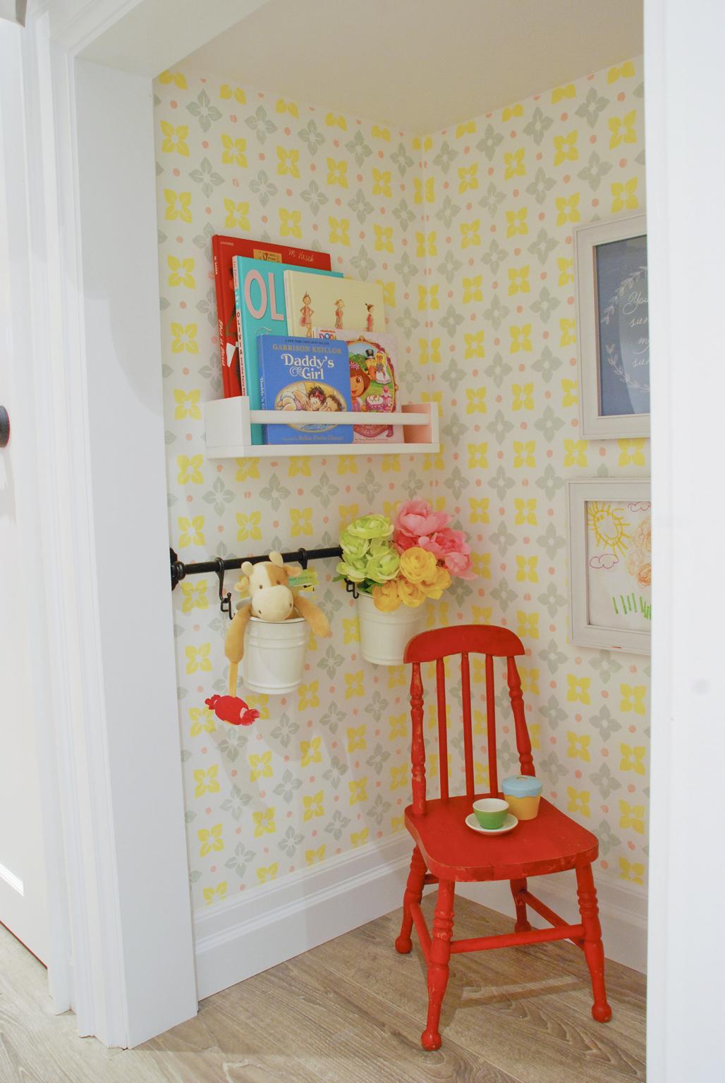 playhouse_under_stairs_1