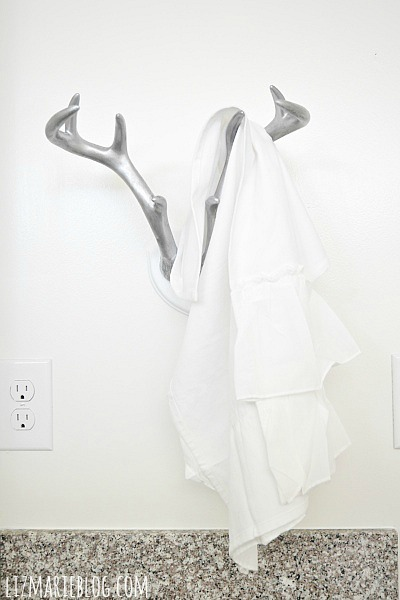 DIY antler towel holder, DIY Antler Towel Holder – Guest Bathroom Makeover Part 3