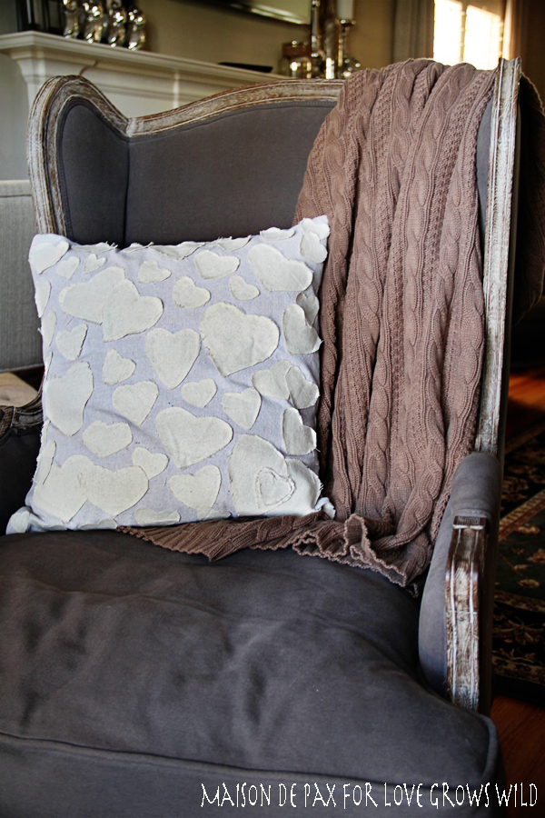 heart-pillow-full-chair-lgw