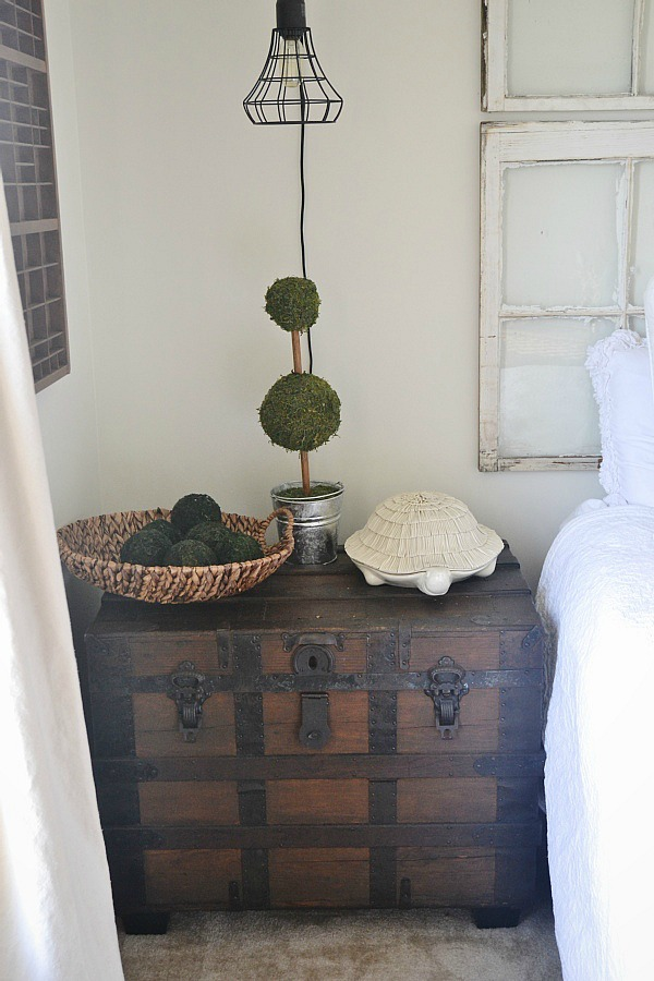 , Final 'NC Home' Tour – Middle Guest Bedroom