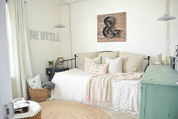 Final 'NC Home' Home Tour – Front Guest Bedroom