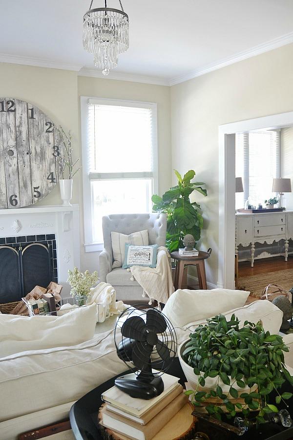 , NC Rental – Sitting Room {May 2014}