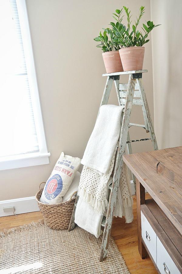 blanket ladder, Antique Blanket Ladder
