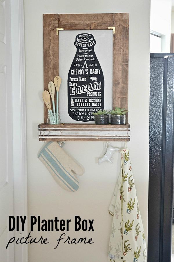 DIY planter box picture frame - lizmarieblog.com
