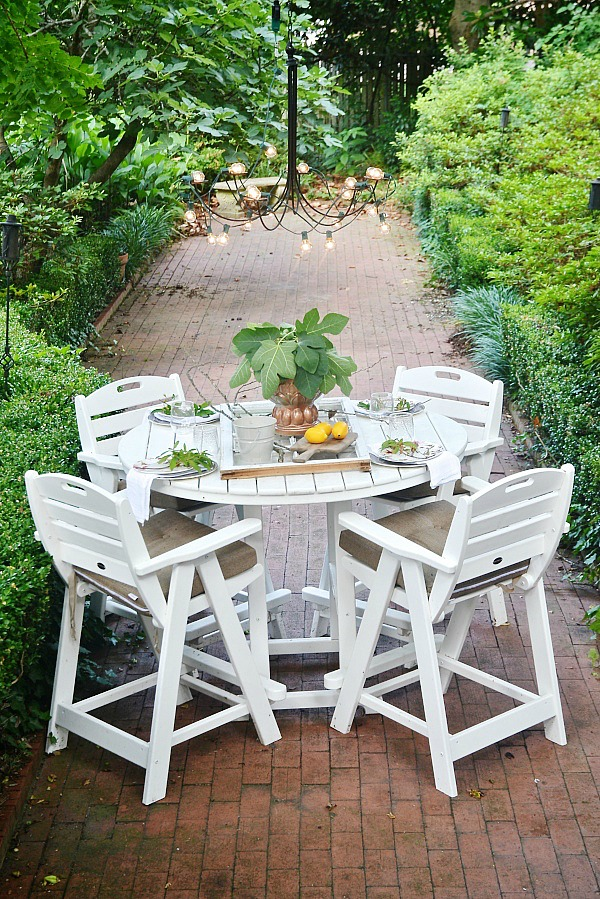 Summer Patio Table