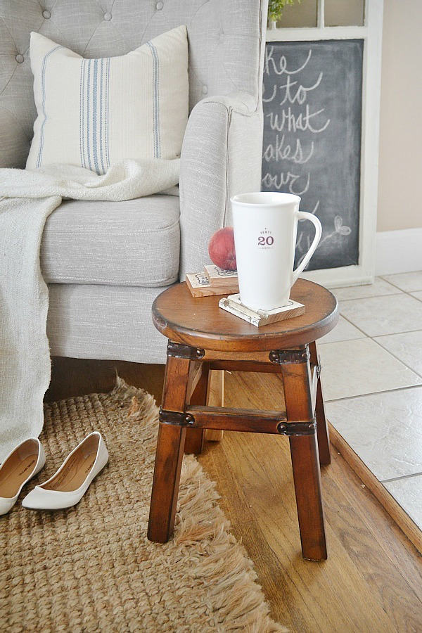 One chair two ways - TJ Maxx Tufted chair - lizmarieblog.com