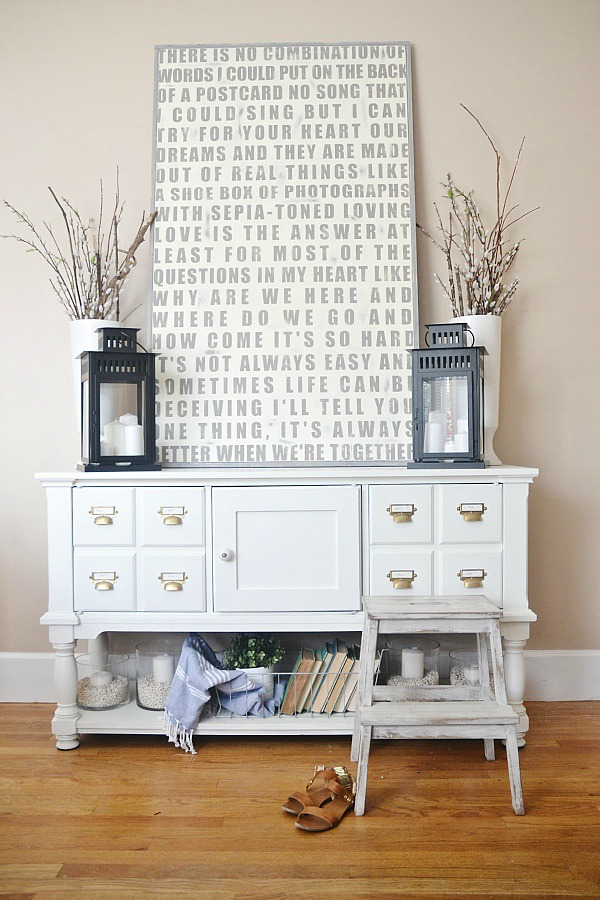Custom Hand painted sign perfect for any home! Entryway decor - lizmarieblog.com