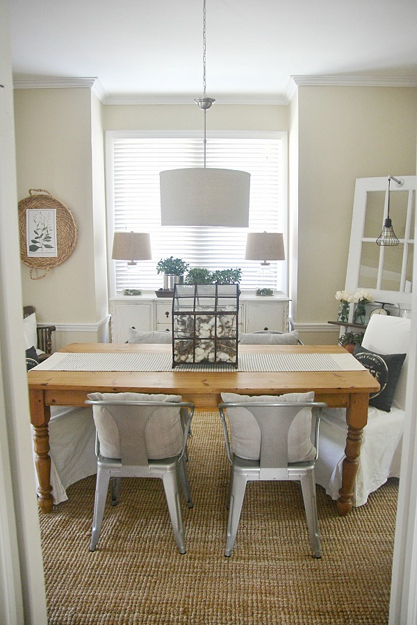 Lovely rustic neutral dining room - A great pin for dining room decor ideas!