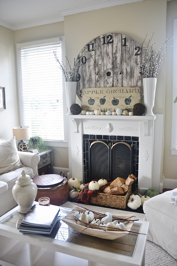 Fall Mantel- LMB Rental