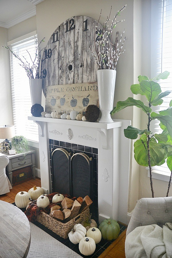 DIY neutral fall mantel - lizmarieblog.com