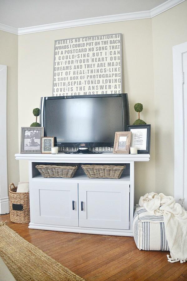 diy tv console cabinet, DIY TV Console Cabinet