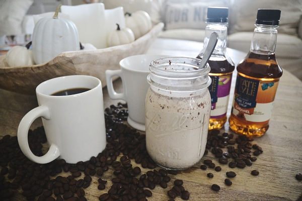 DIY coffee creamer - so easy & really amps up your coffee time!