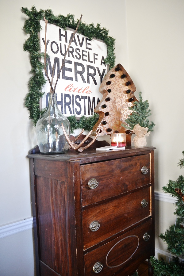 Dining Room Decor, Simple Rustic Christmas Dining Room Decor