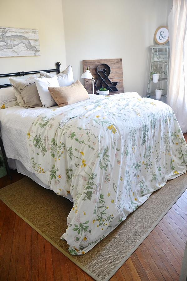 Fall decor, LMB Rental – Guest Bedroom Fall 2014