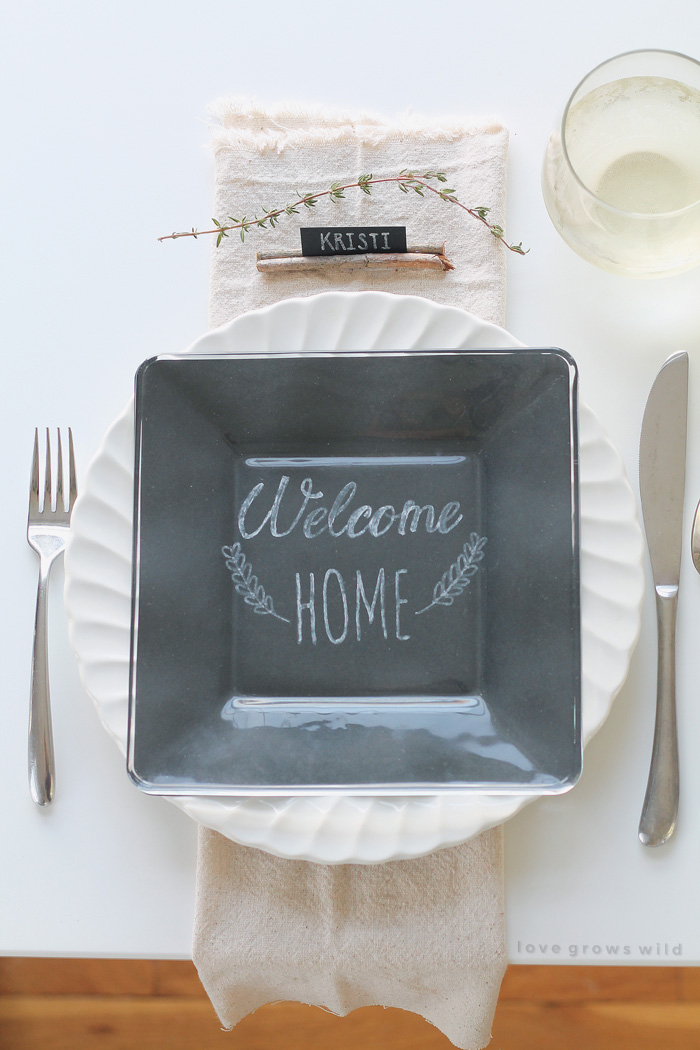 Holiday-Table-Setting-11