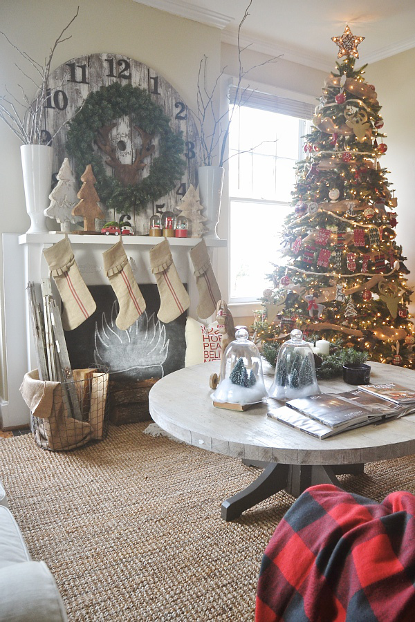 Quick Christmas Decoration Ideas in a pinch