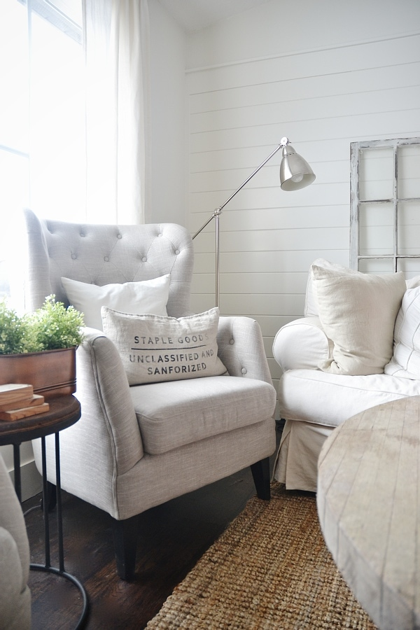 Lovely neutral home decor - Great inspiration & source on where to find neutral home decor that is affordable!