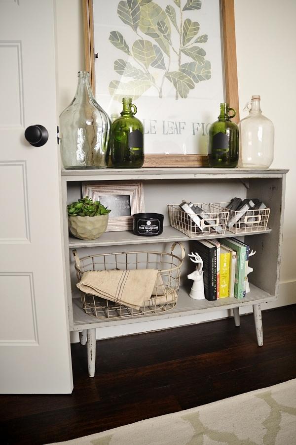 Bookshelf makeover, Leggy Bookshelf Makeover