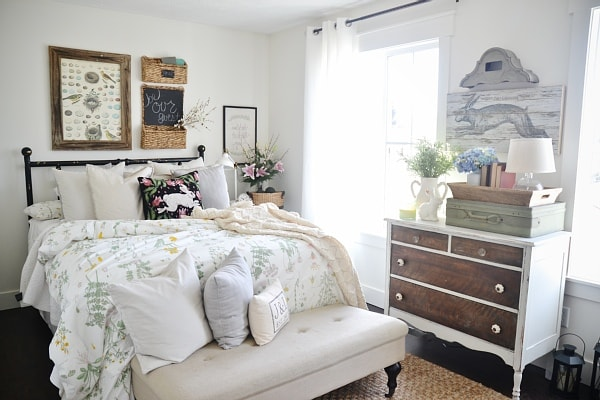 Light & bright spring guest bedroom - a thrifty & affordable guest room makeover!