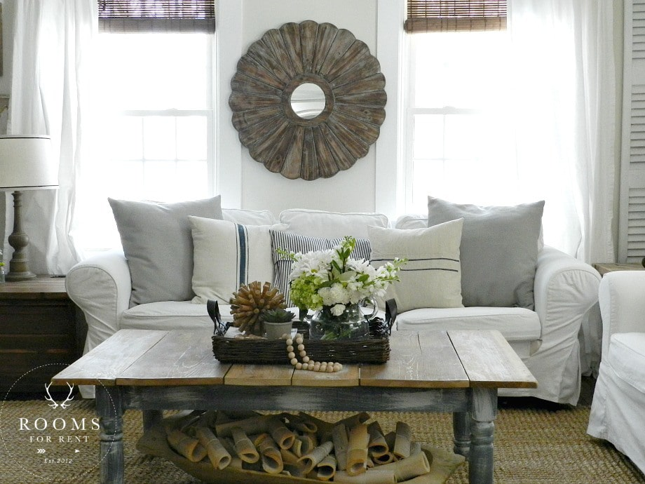 white_slipcovered_sofa-1