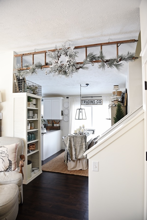 , Christmas Ladder