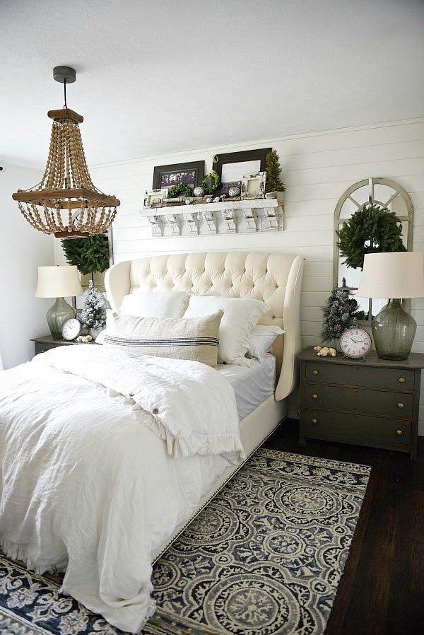 Simple Cottage Christmas Bedroom
